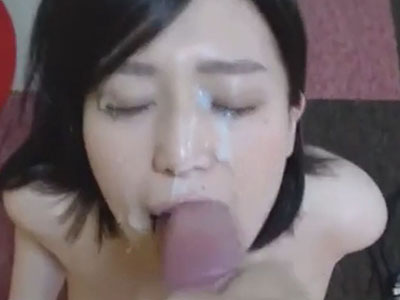Facial cumshot and realistic reaction